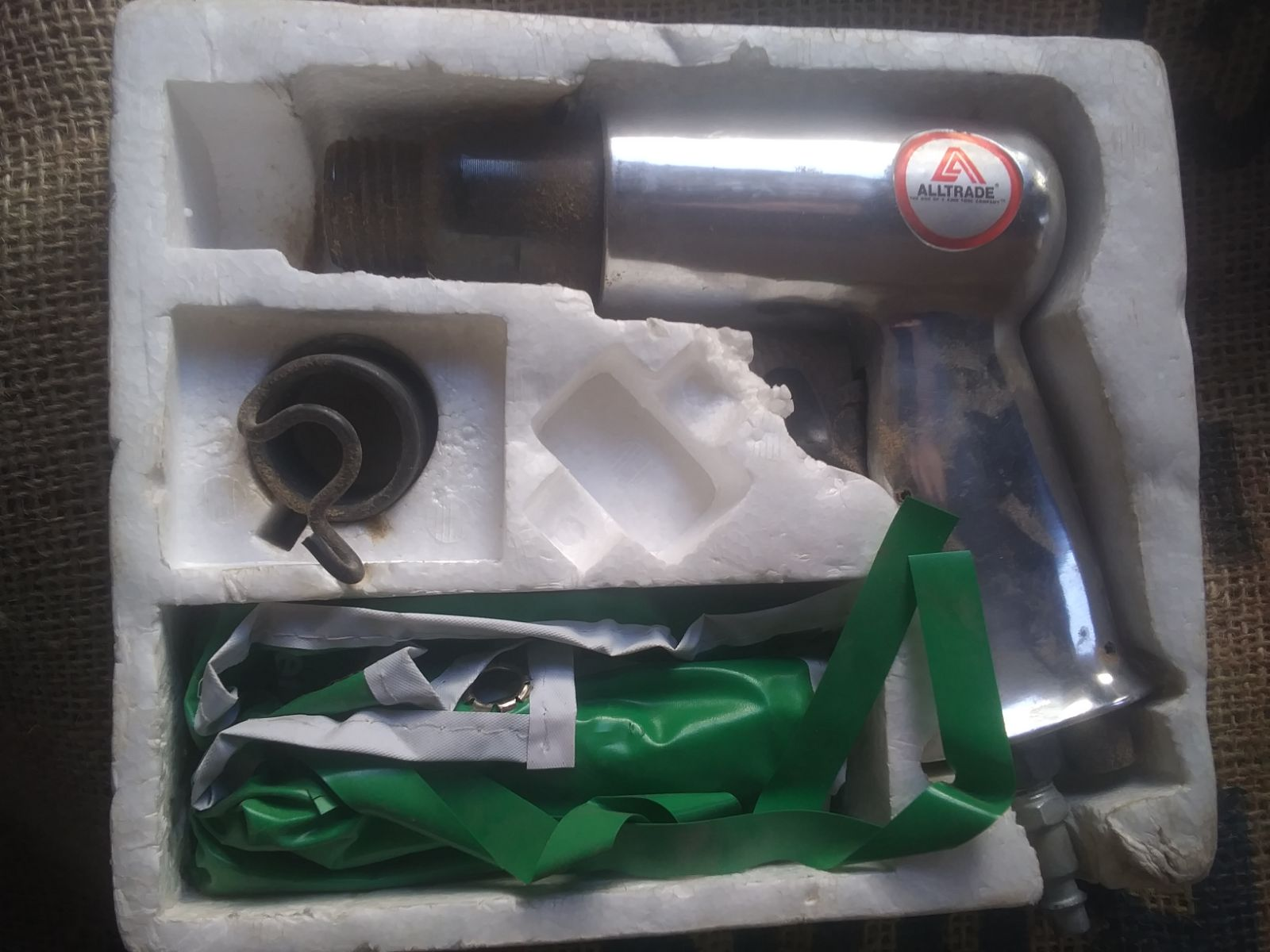 air hammer chisel set in box