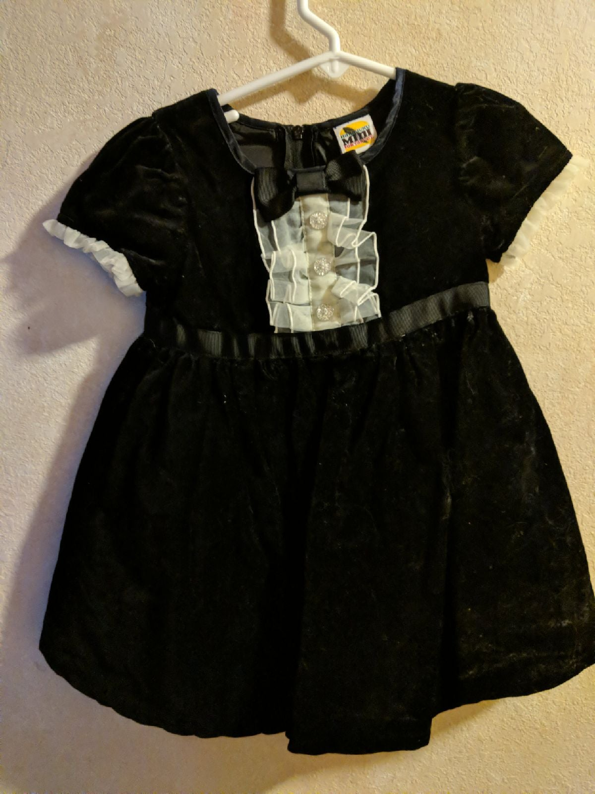 Mini Harajuku 3T black velvet dress