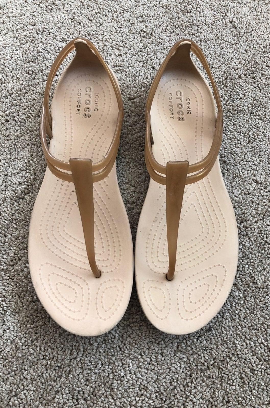 Crocs women's sandals 7.5us