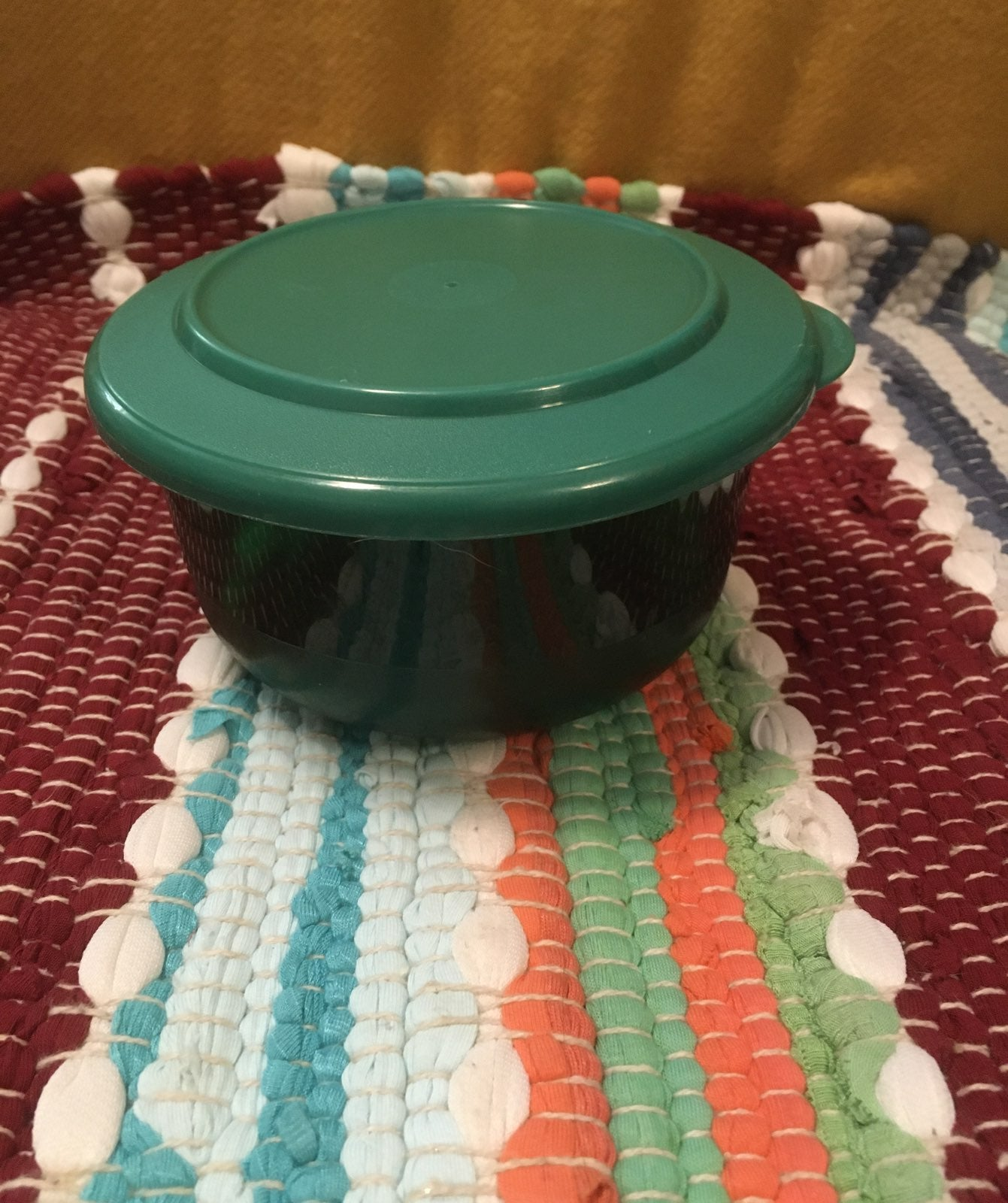 Tupperware Acrylic Snack Bowl
