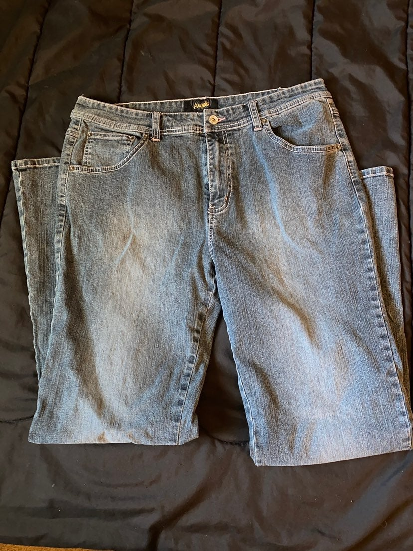 Angels jeans size 18 bootcut