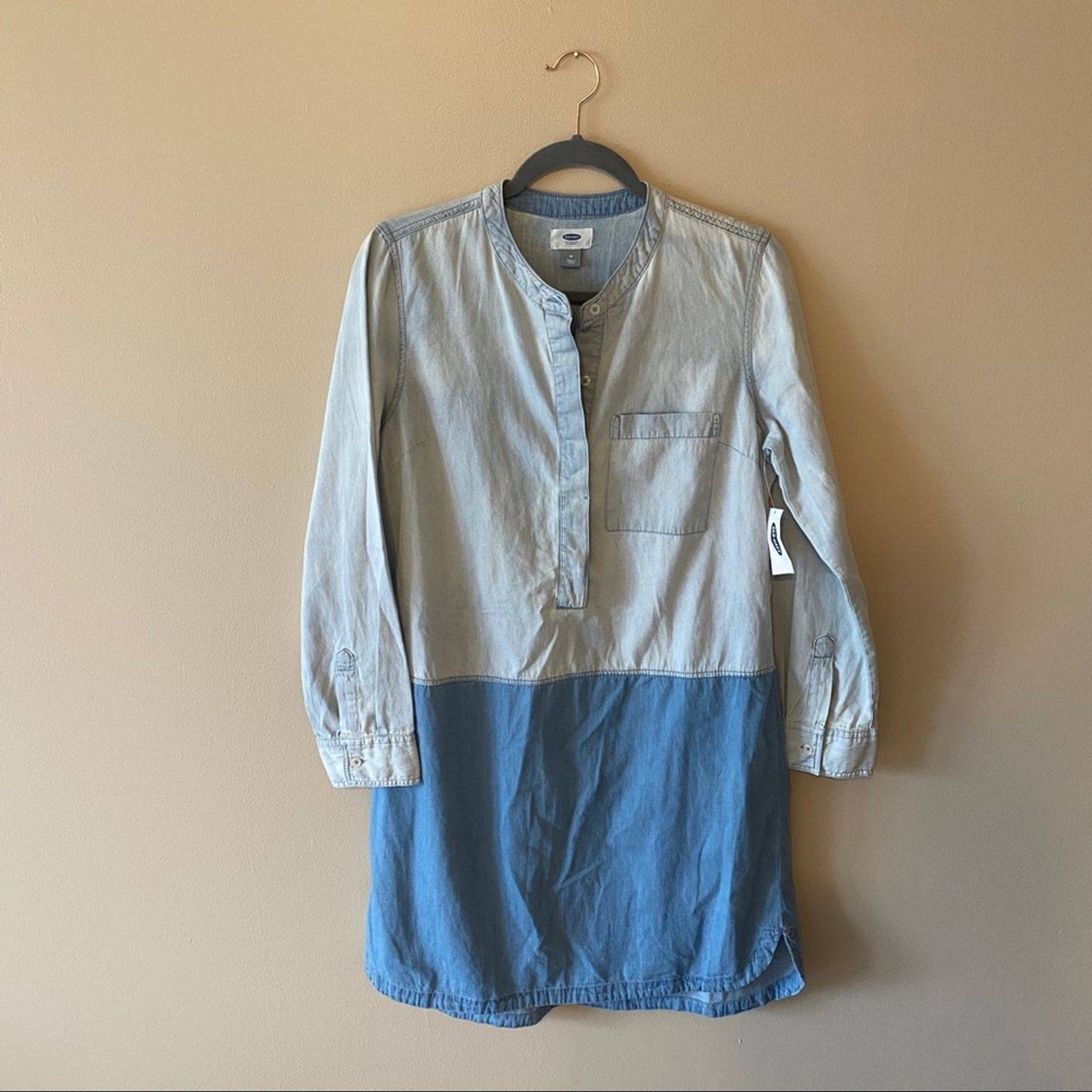 Old Navy Color Block Denim Button Dress