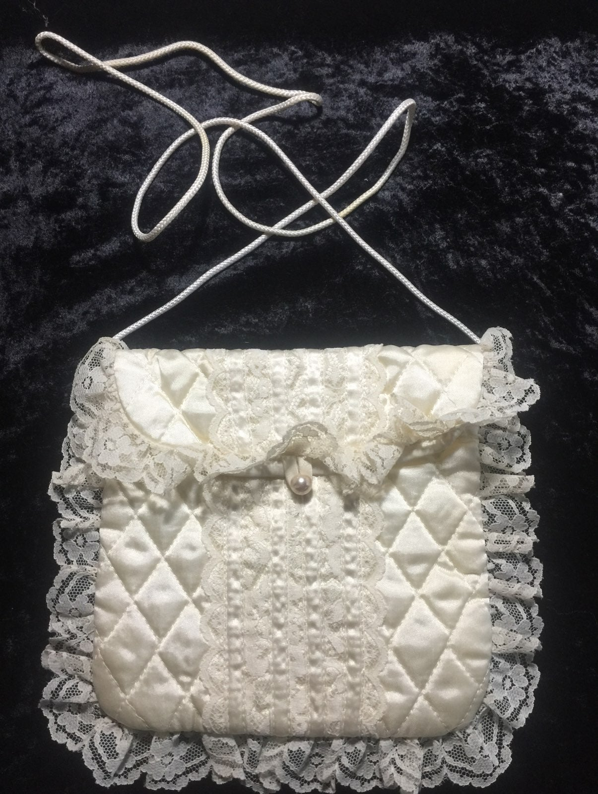 Vintage Gunne Sax Lacy quilted purse
