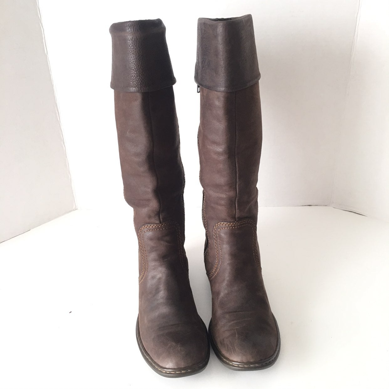 Born Knee High Brown Leather Boots SZ 6