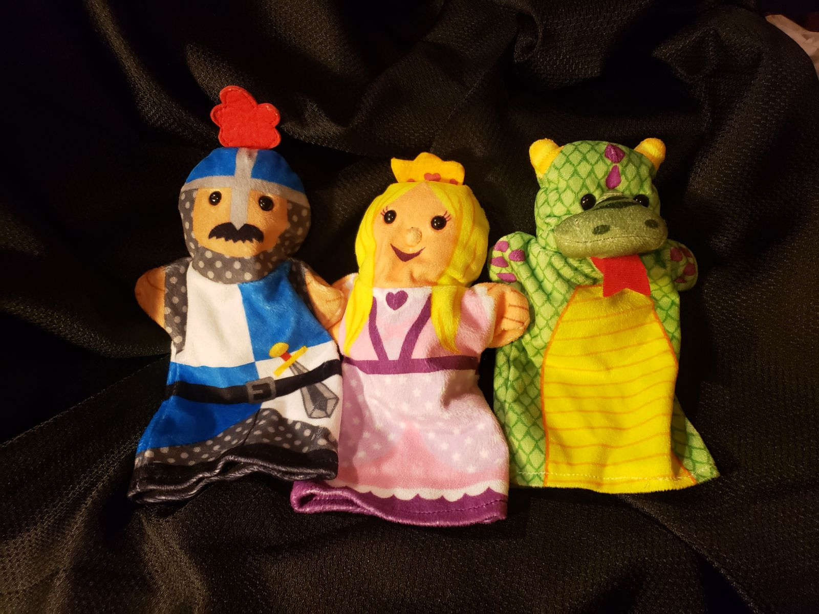 Melissa & Doug hand puppets- palace pals