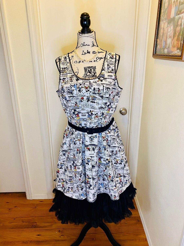 Mickey Comic Strip Disney Dress, Size L
