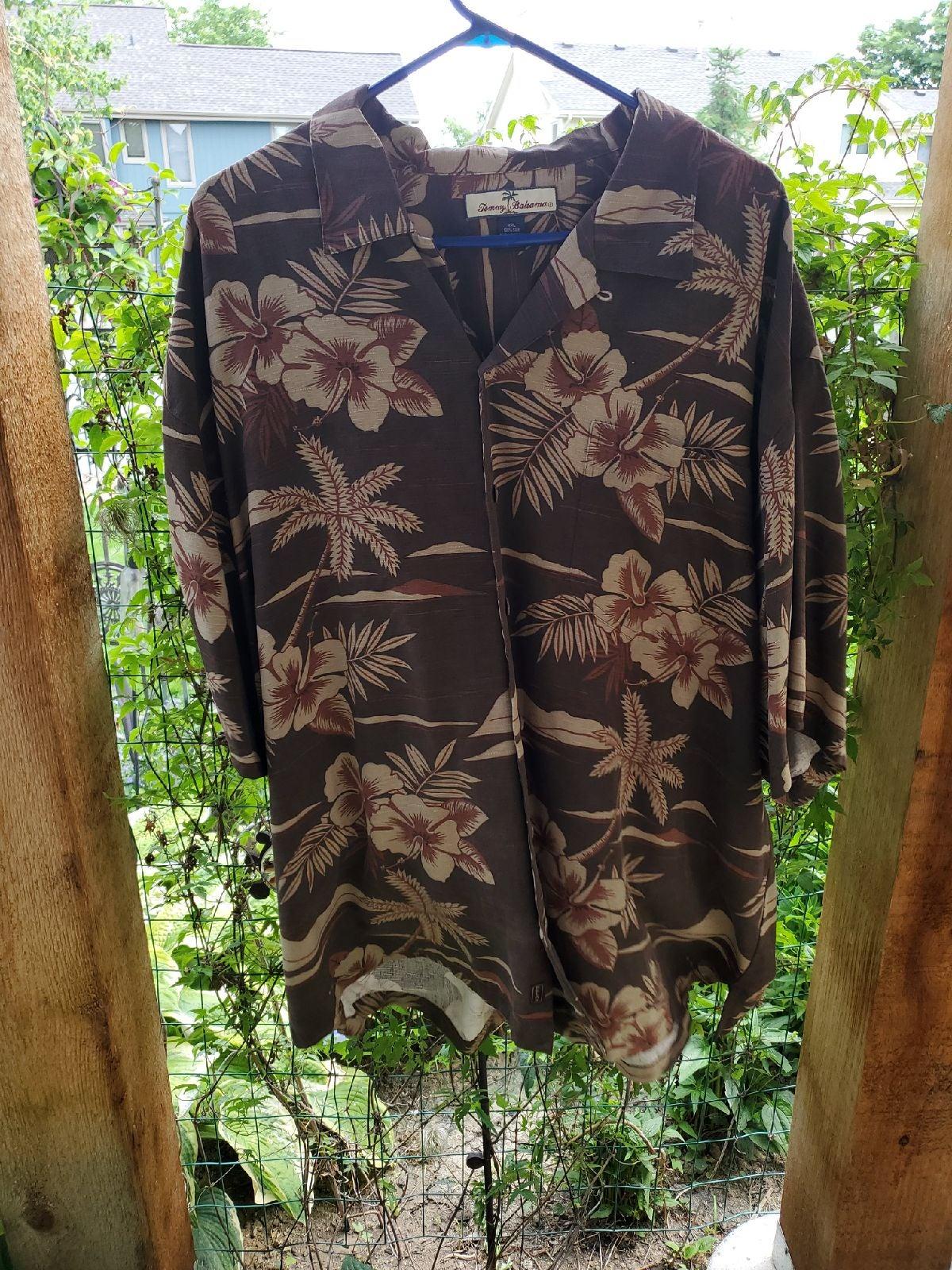 tommy bahama shirt men,s Hawaiian style
