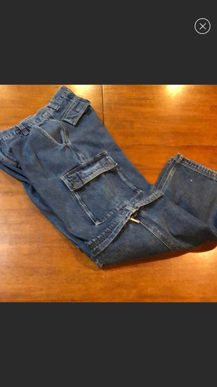 Bugle Boy cargo jeans
