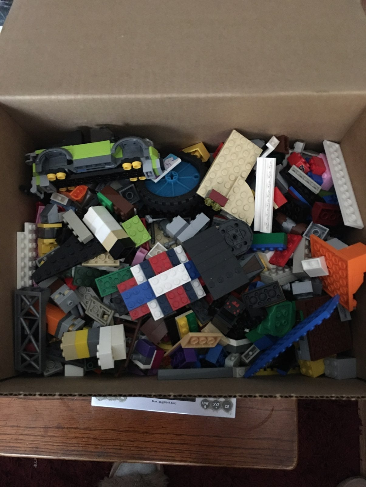 5 lbs of assorted legos