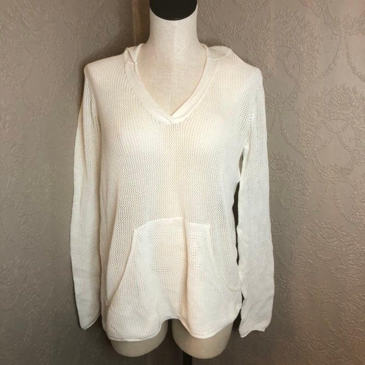 Cabi knit V-neck sweater cover-up medium