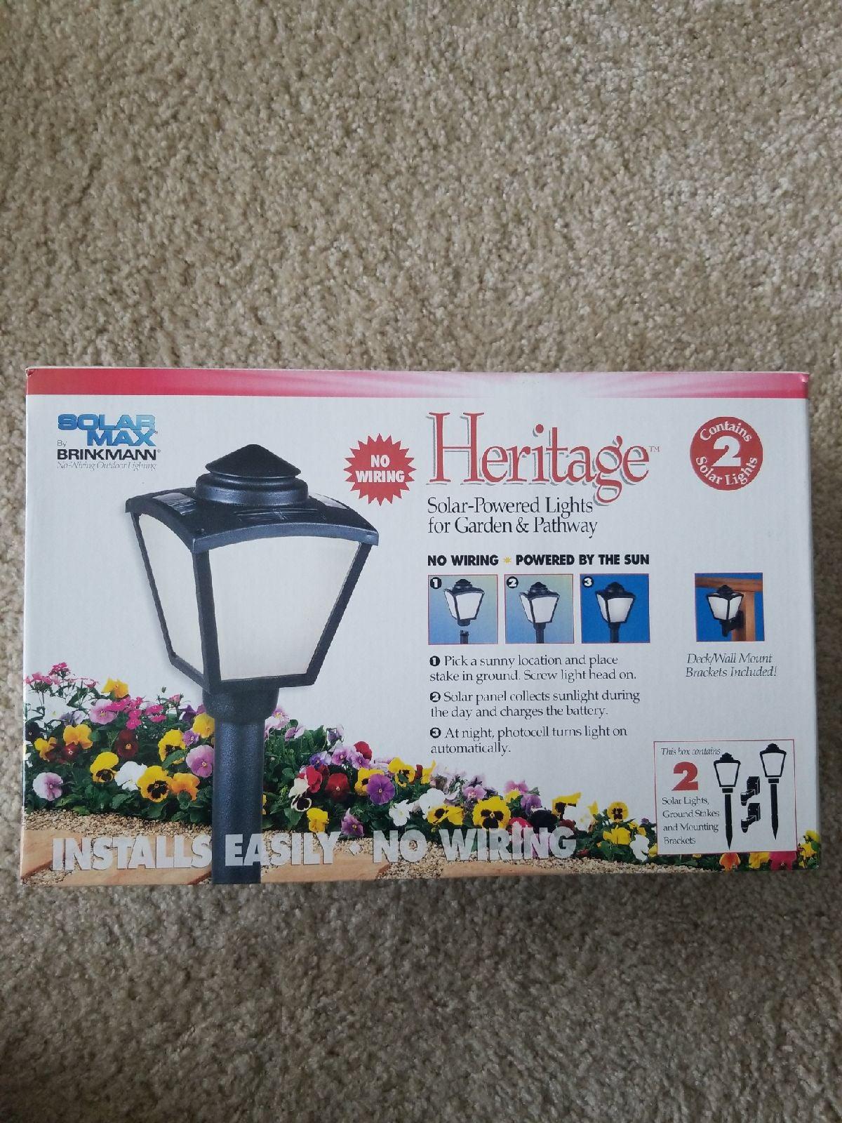 Heritage solar powered lights
