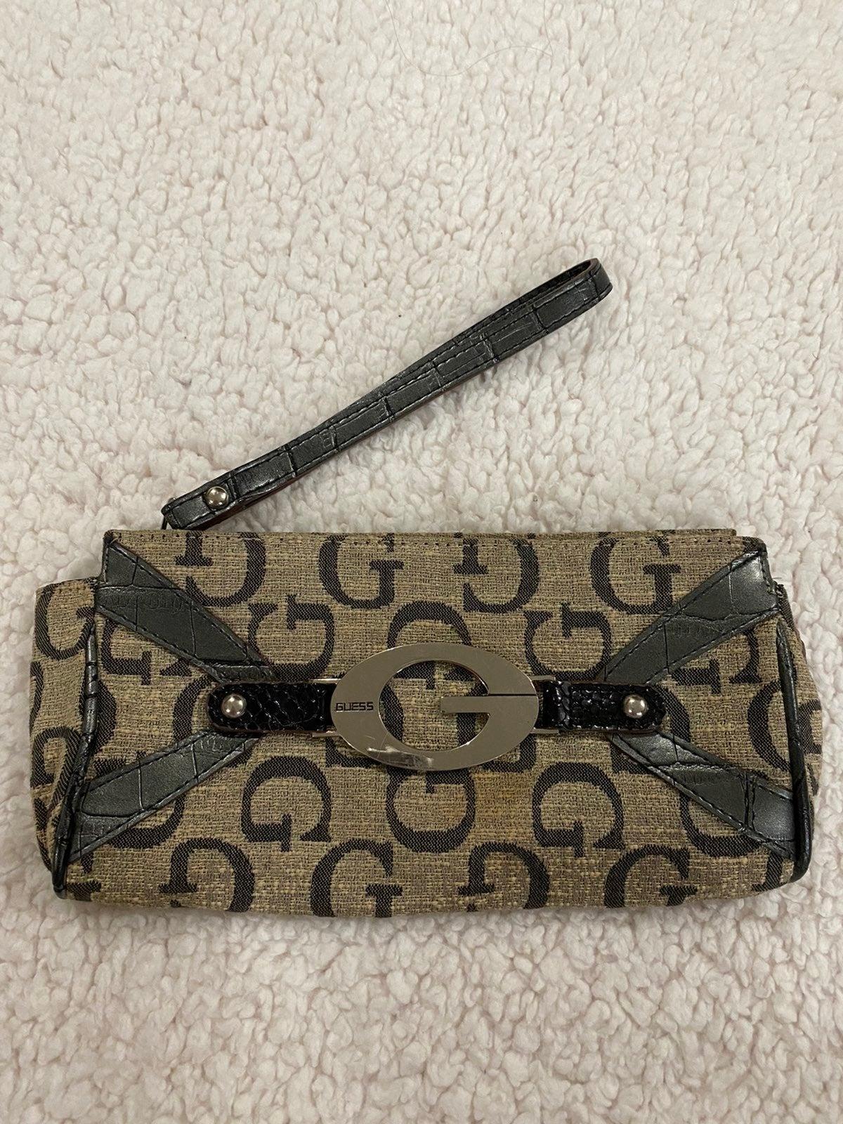 Guess wristlet wallet