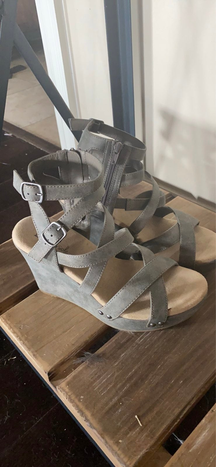 Grey wedge sandles from Buckle