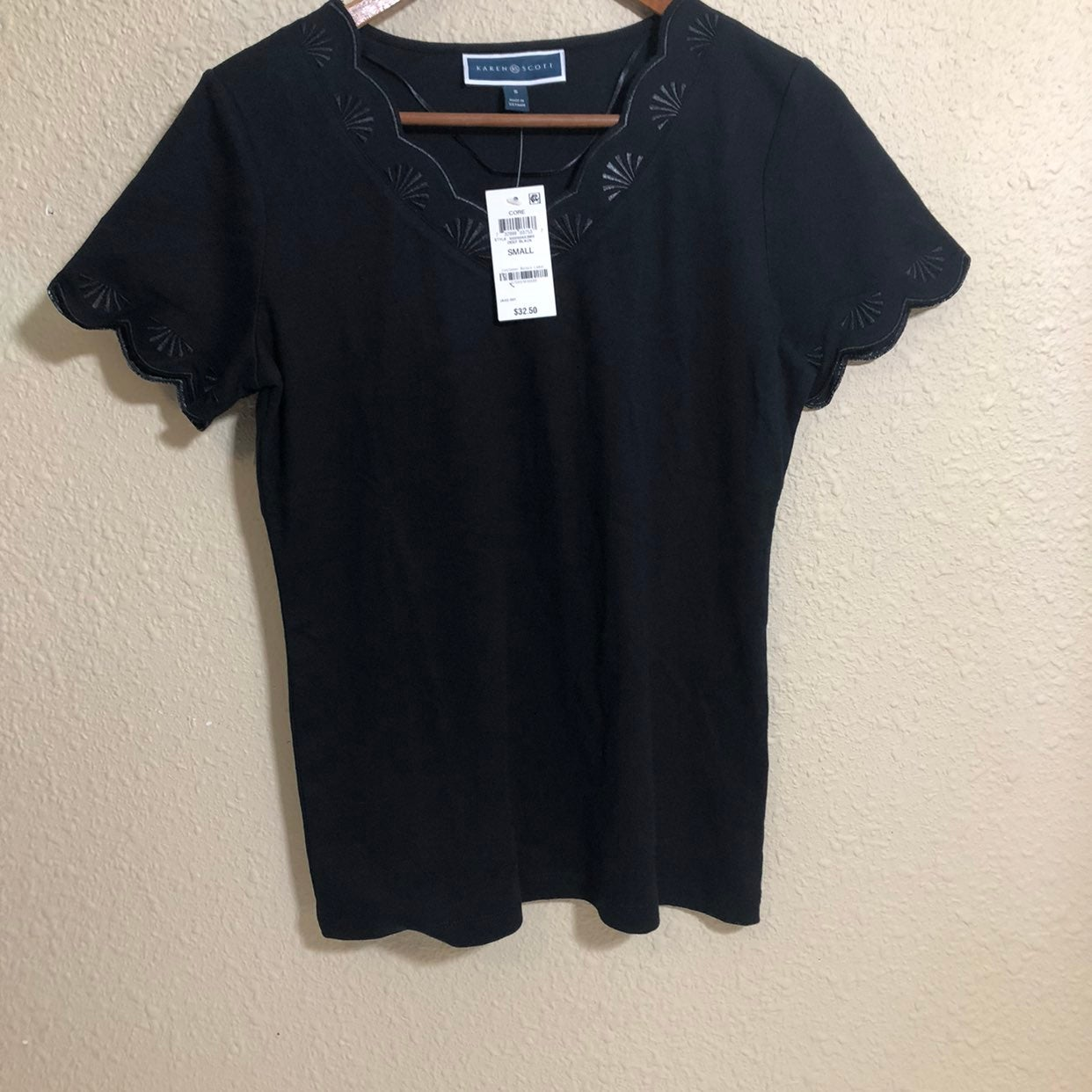 Karen Scott Short Decorated Sleeves Top