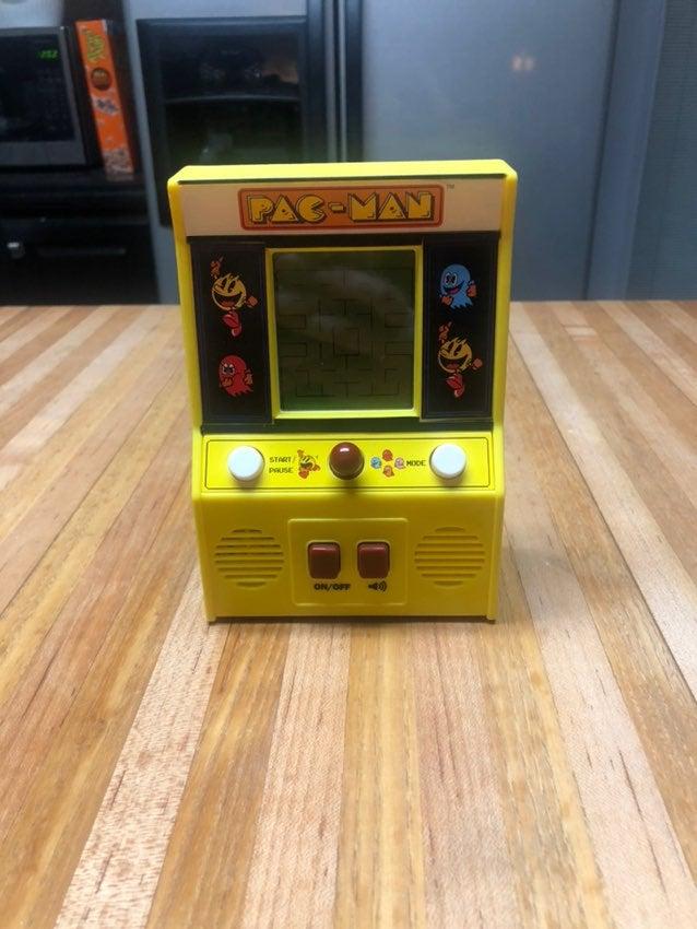 Miniature Pac-man Arcade Game