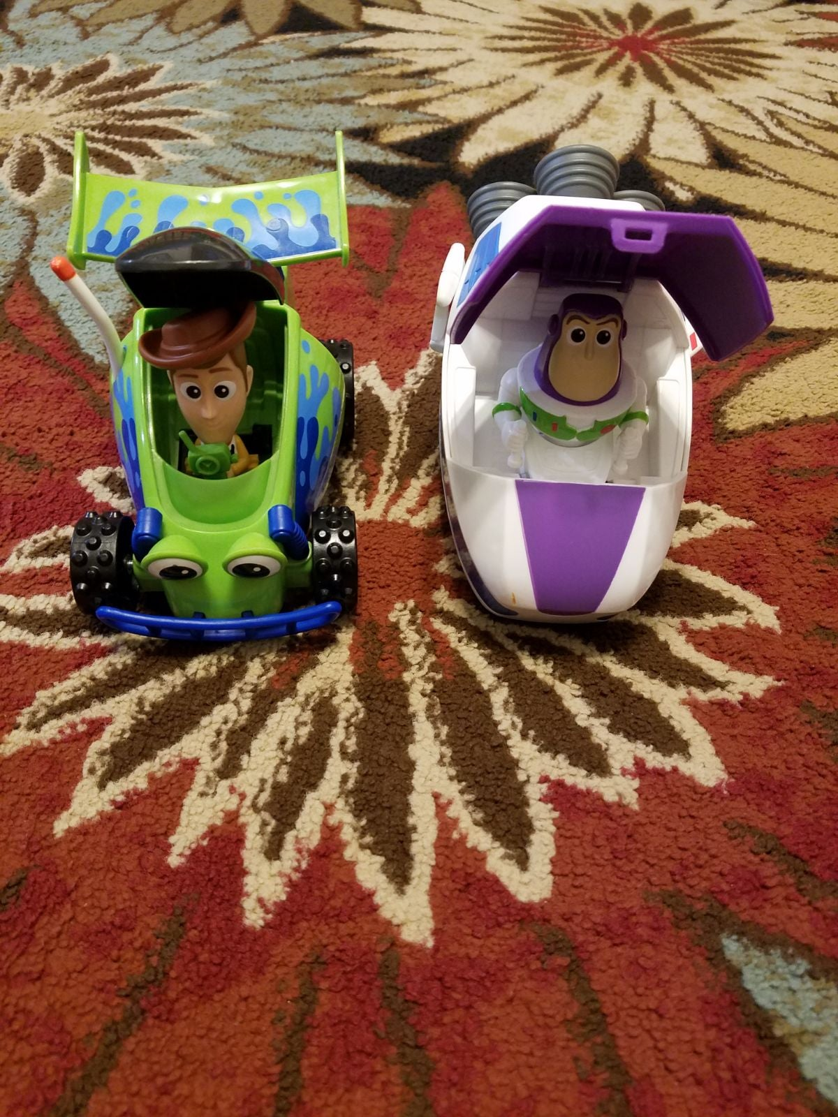 Toy Story Buzz Lightyear and Woody Cars