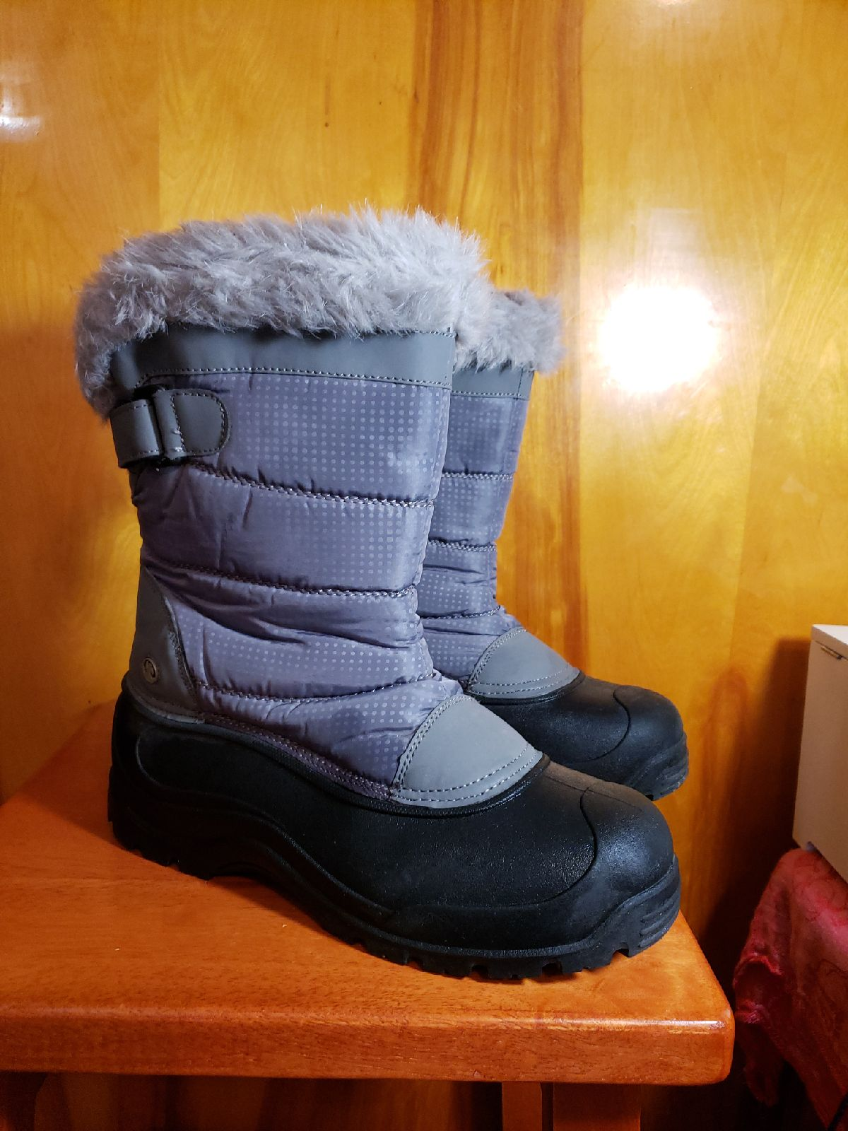 Northside Thermolite Winter Boots 10