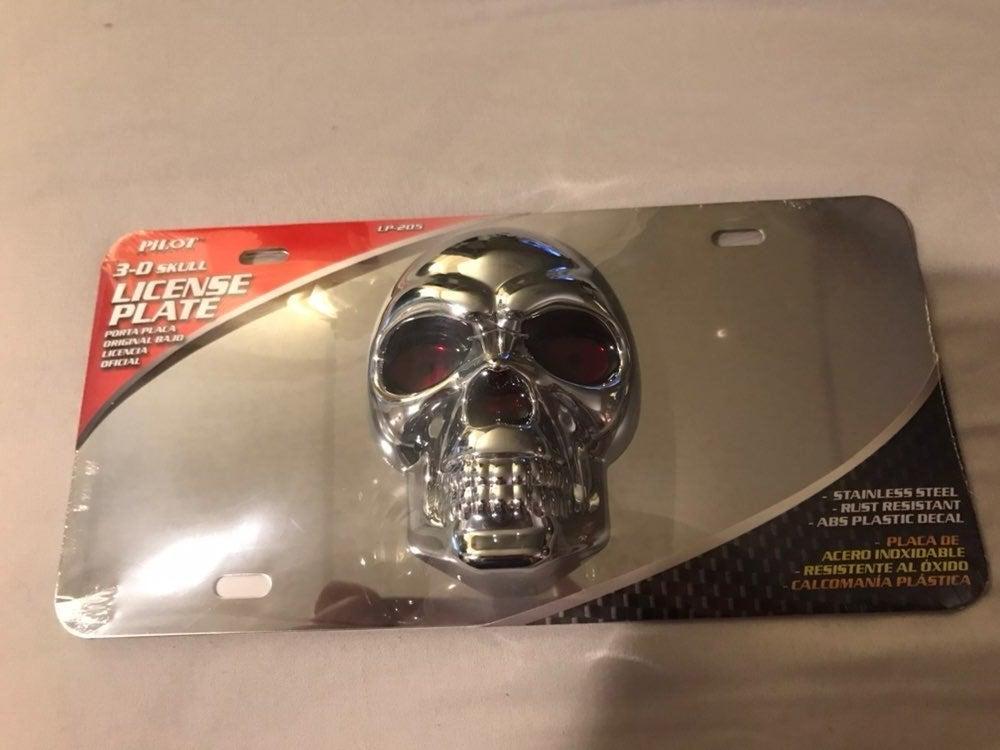 3D Skull Head License Plate