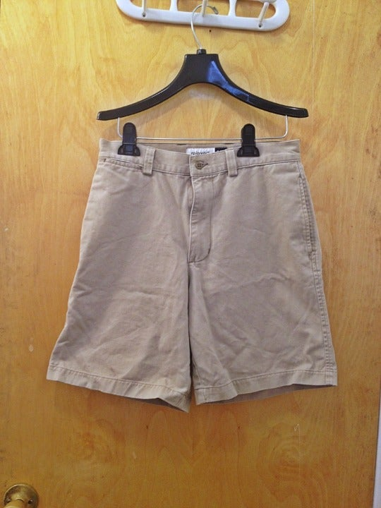 GAP Relaxed Fit Khaki Shorts