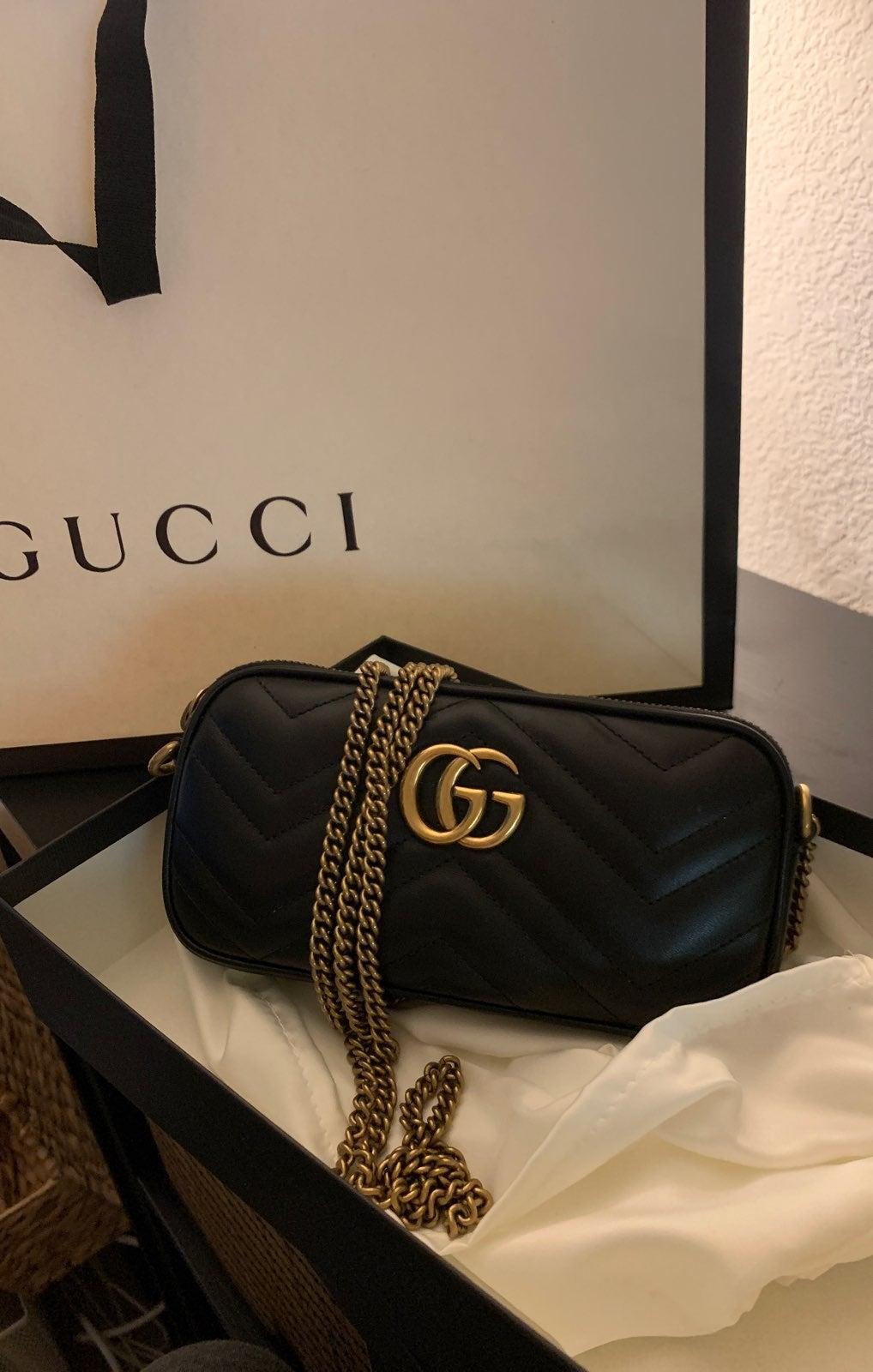 GG Marmont Mini Chain Bag in Black