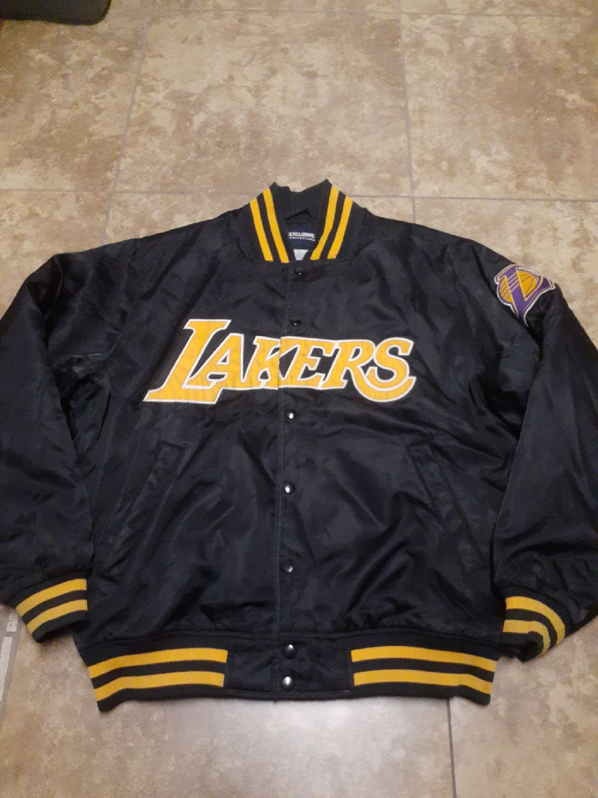 NBA Exclusive Collection Lakers Jacket M