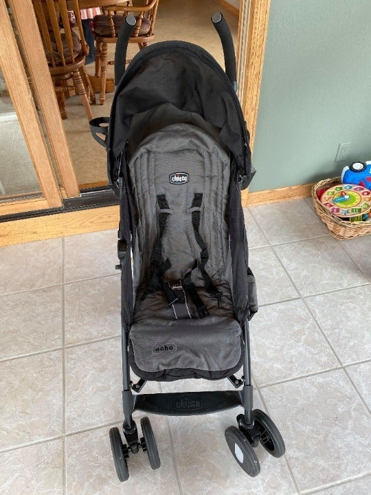 NEW-Chicco Lightweight Stroller
