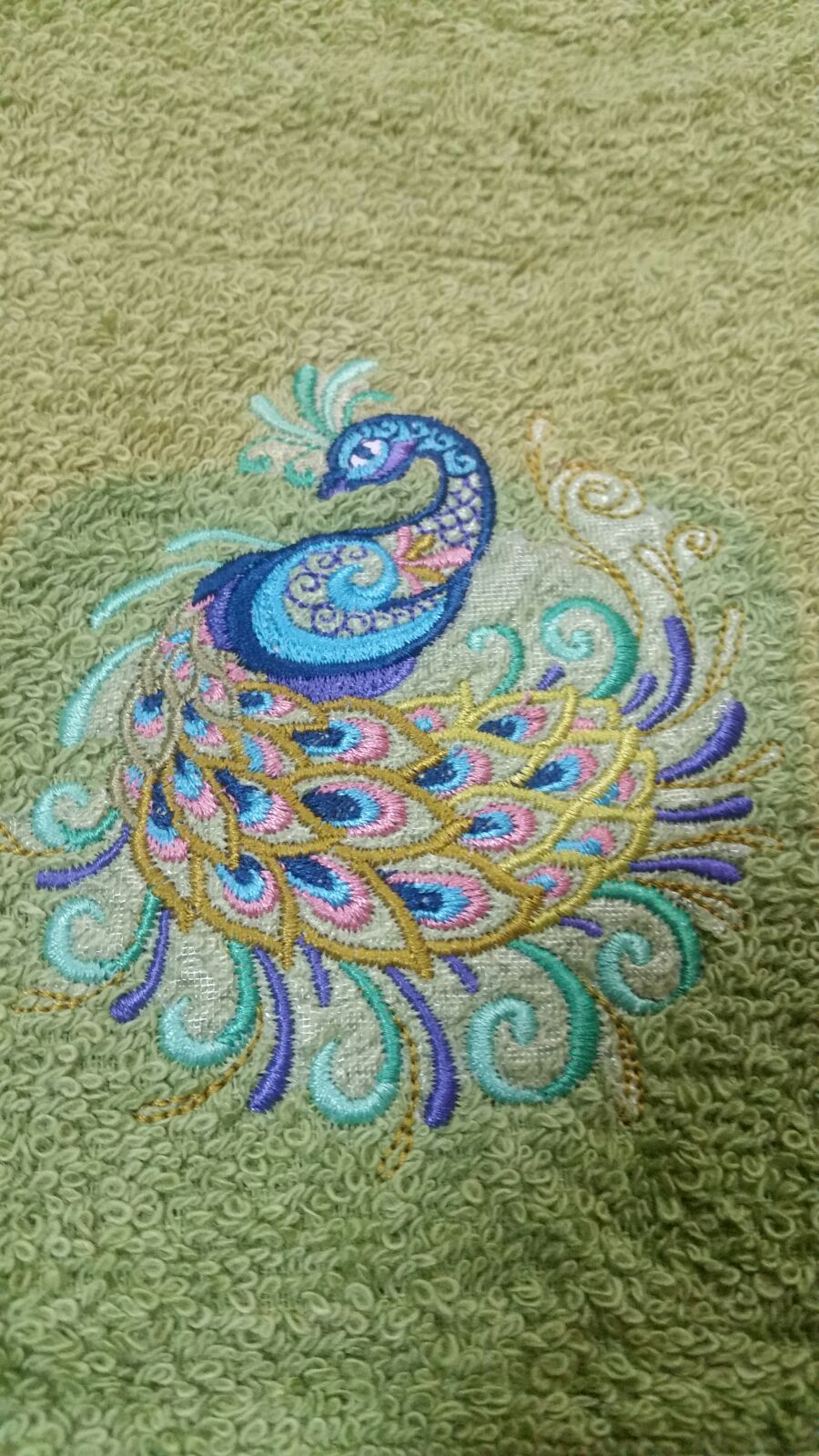 embroidered fancy peacock hand towel set