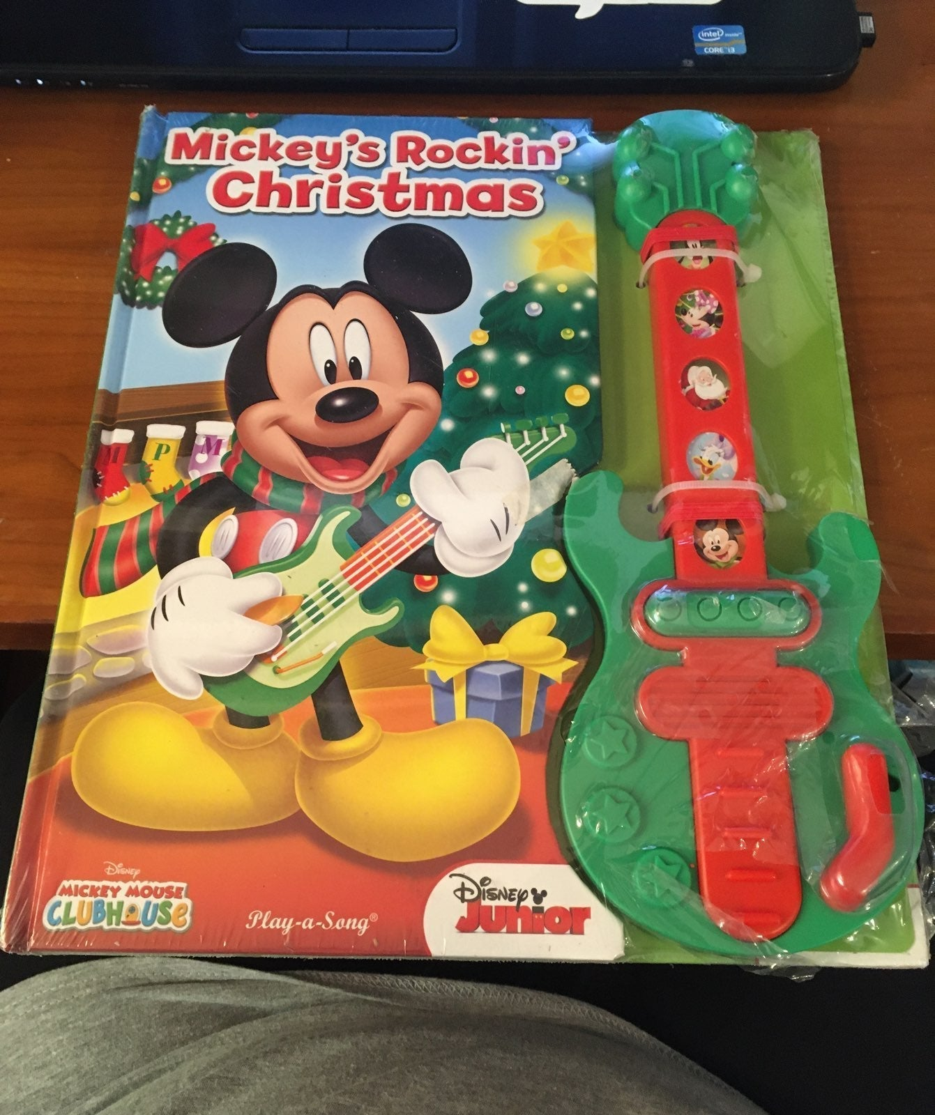 Mickeys Rockin Christmas
