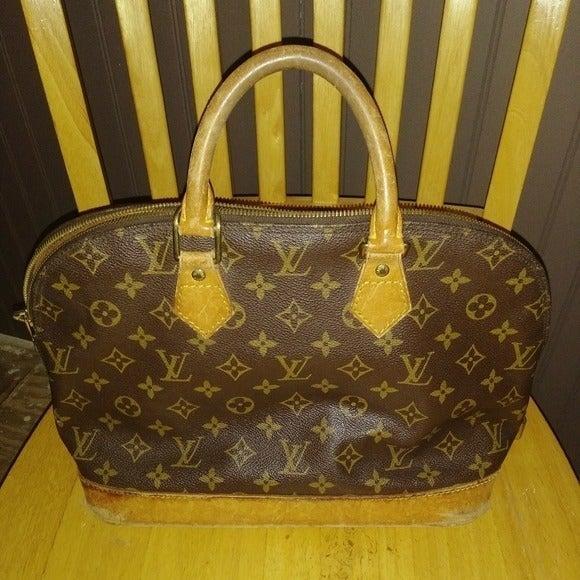 Louis Vuitton Monogram Alma Bag Purse