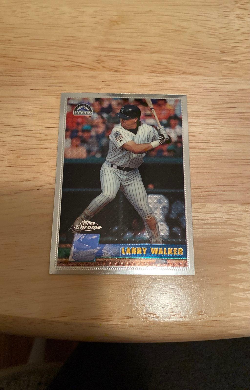 Baseball Larry Walker Chrome Refractor