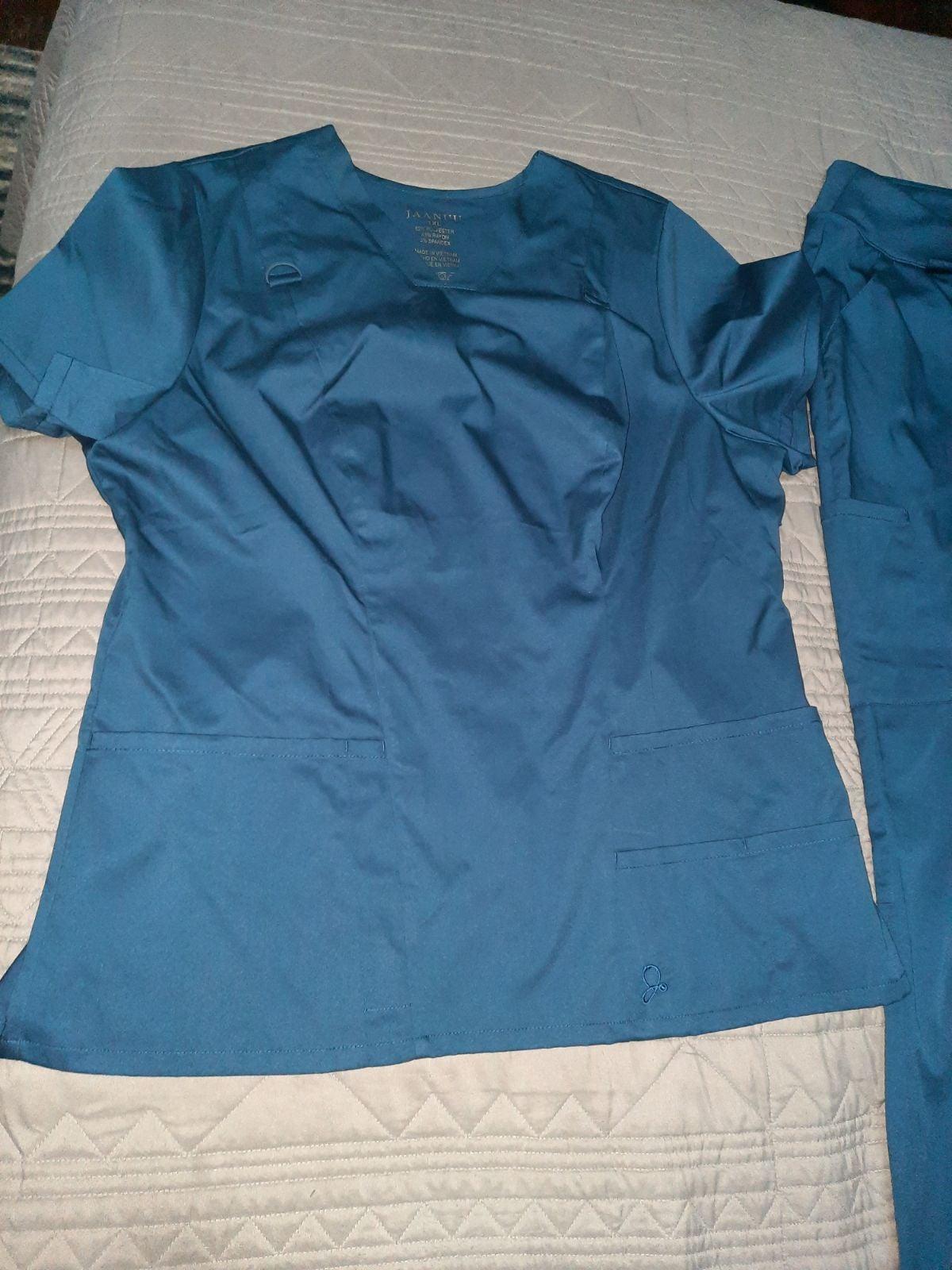 Jaanuu scrubs- navy blue sz xl