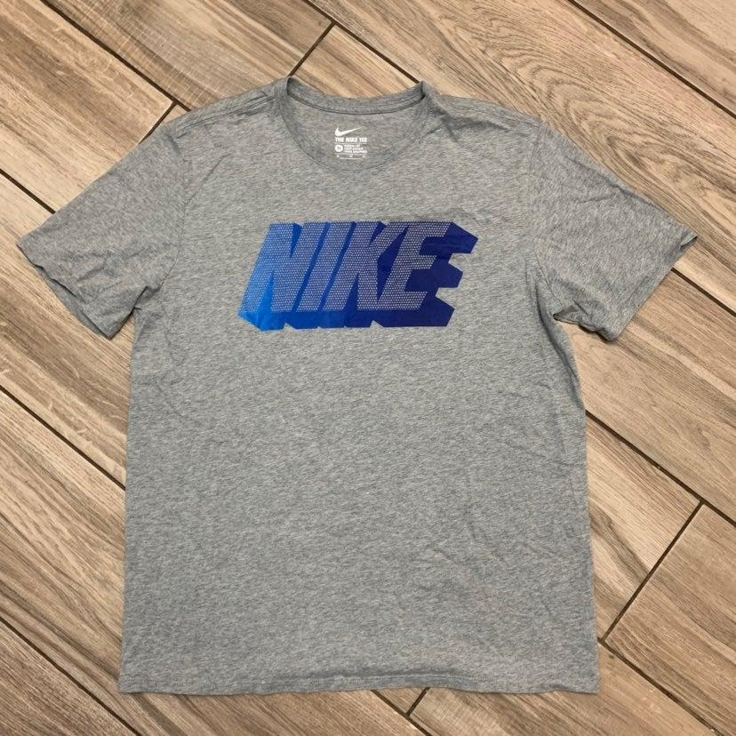 Nike Grey Blue Graphic Tshirt Men XL