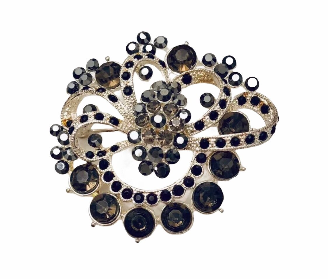 Black Brooch boutique jewelry - new