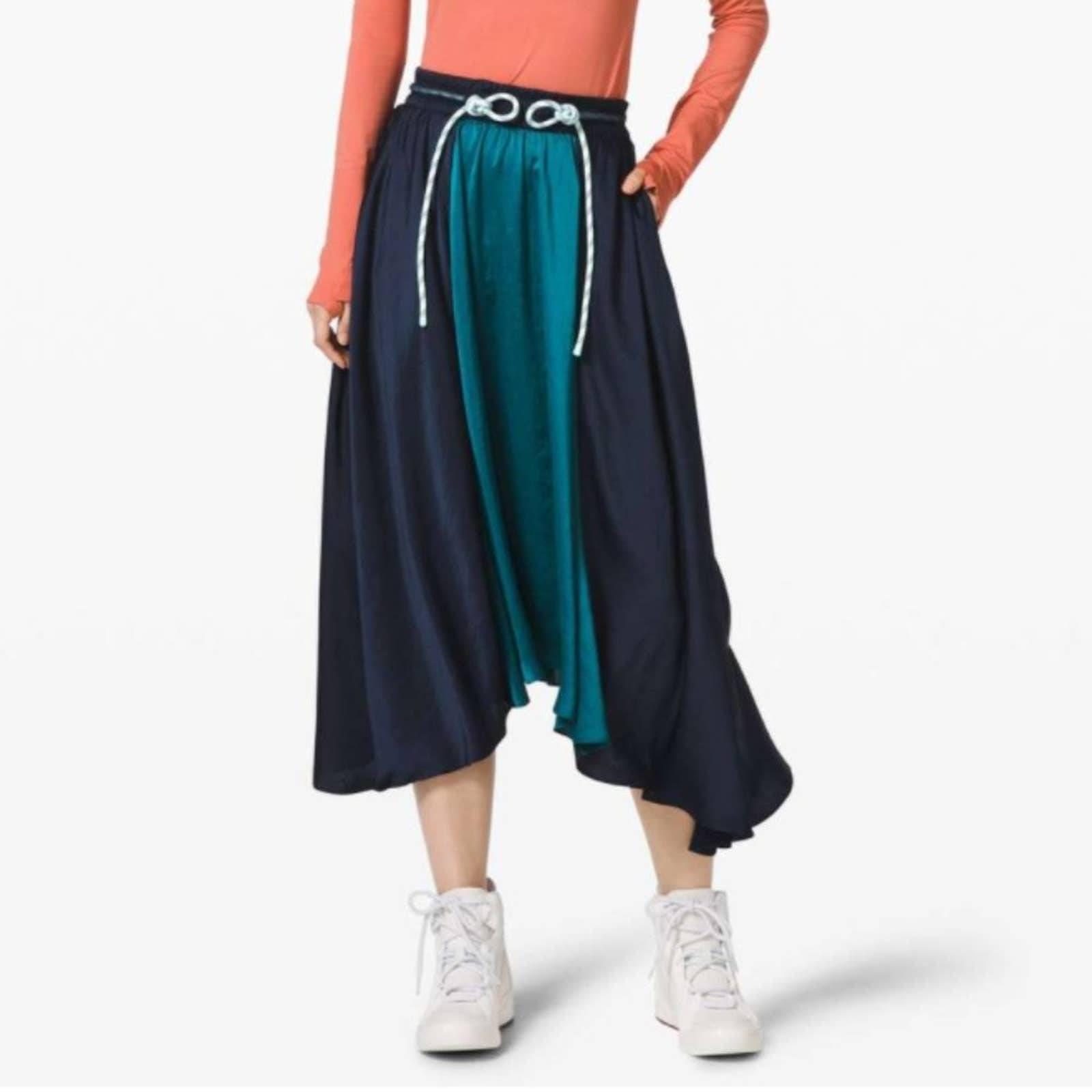 Lululemon Roksanda Face Forward Skirt