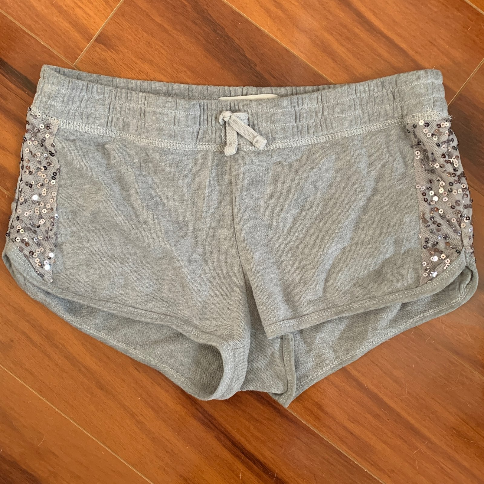Abercrombie and Fitch hem shorts