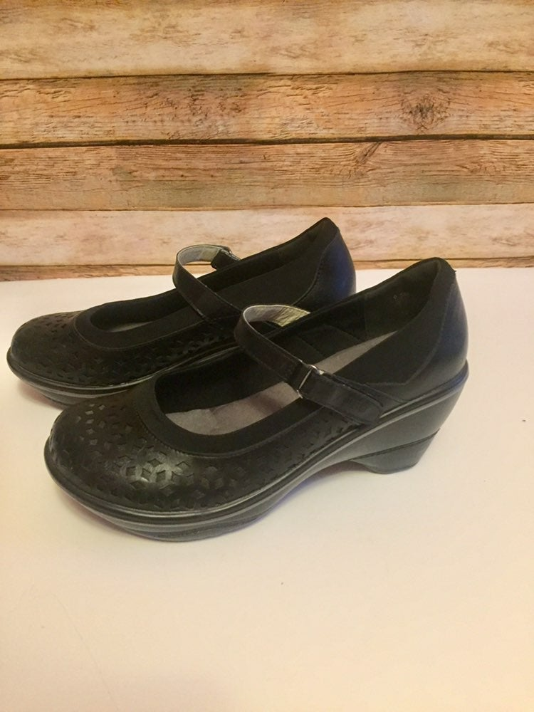 JBU Jambu Mary Jane Clogs Size 6.5