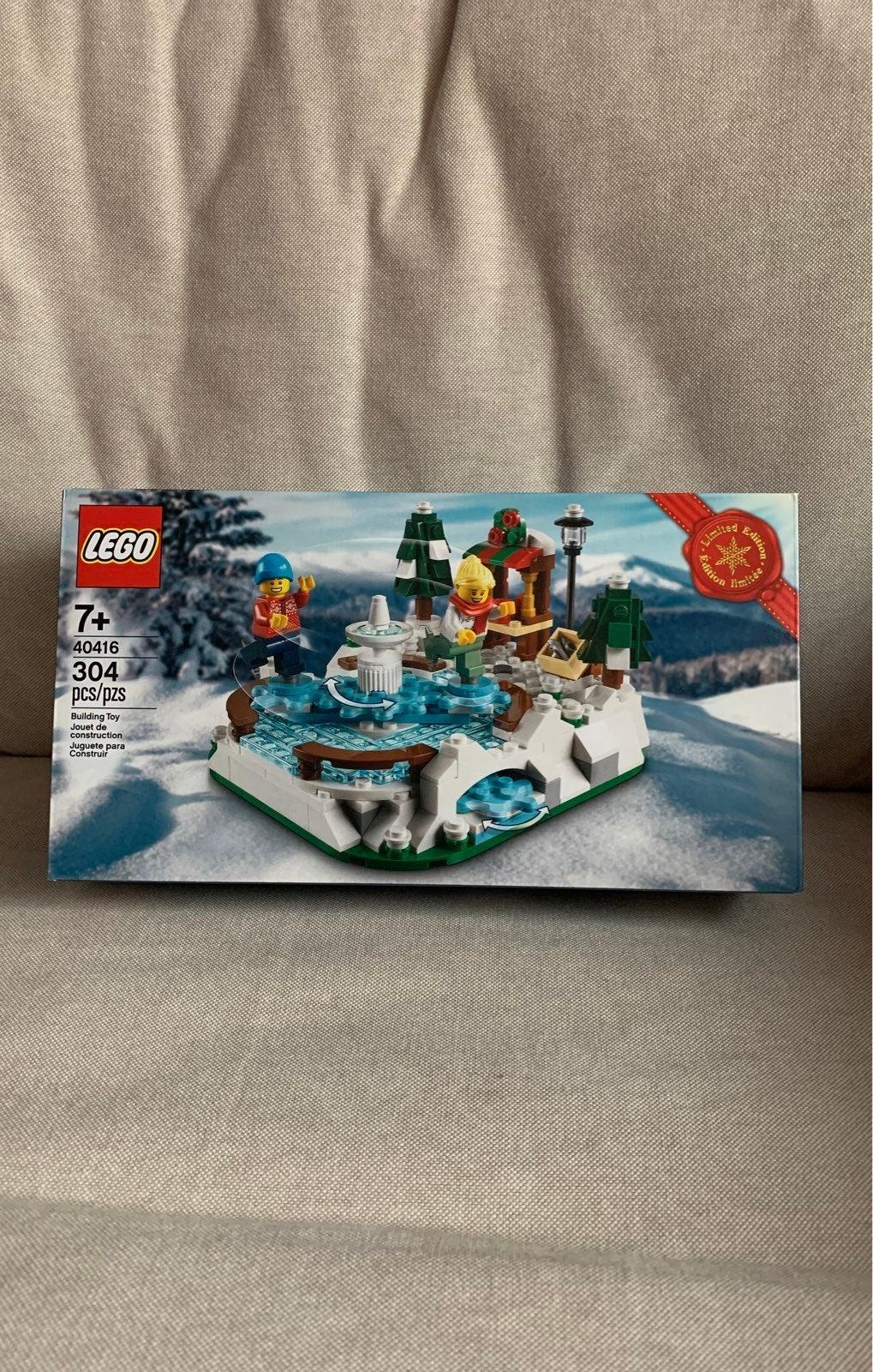 LEGO 40416 Ice Skating Rink
