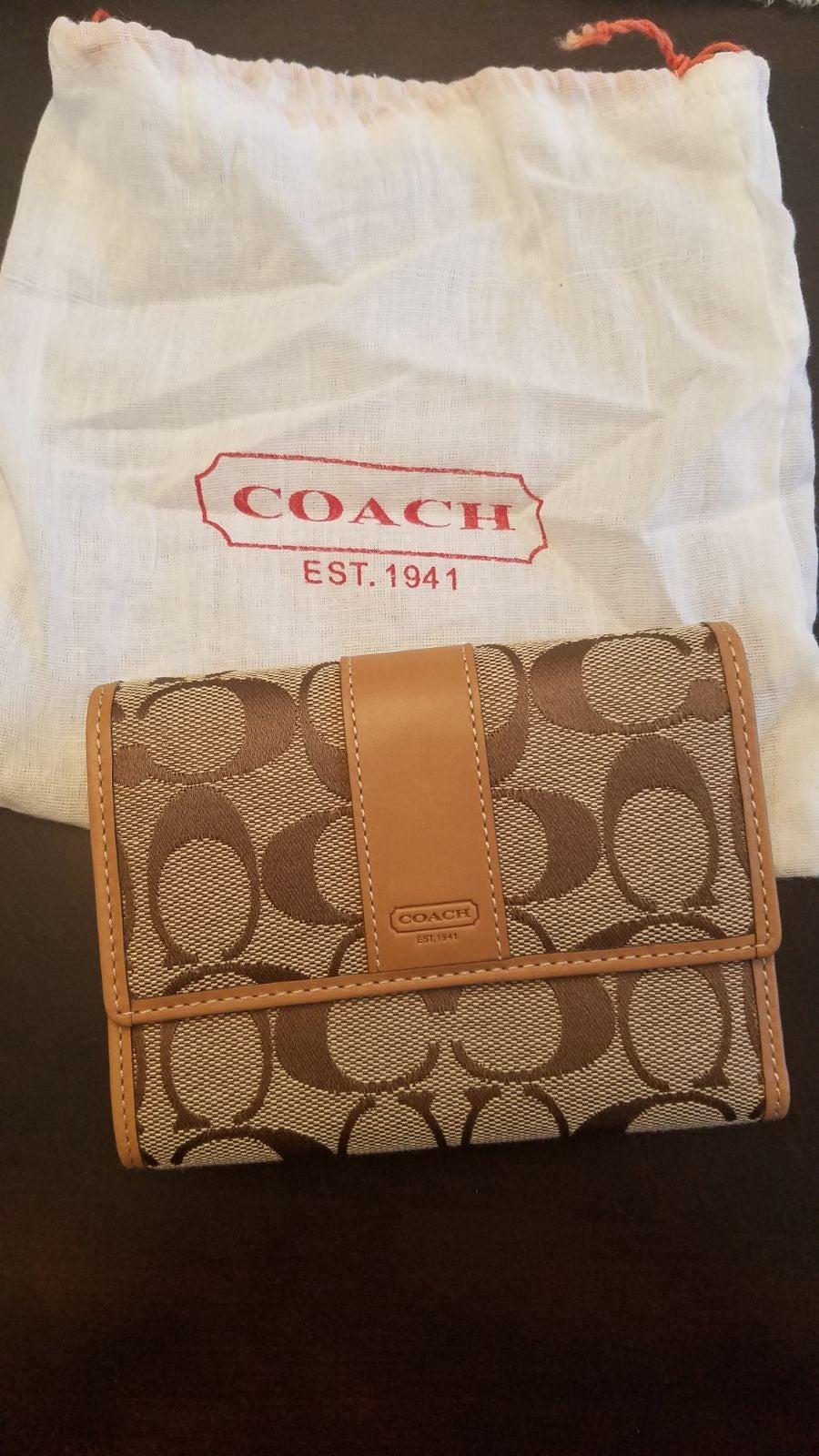 Coach Signature compact clutch 41889