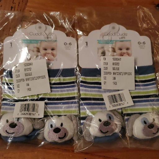 Cuddl Duds baby Rattle Socks