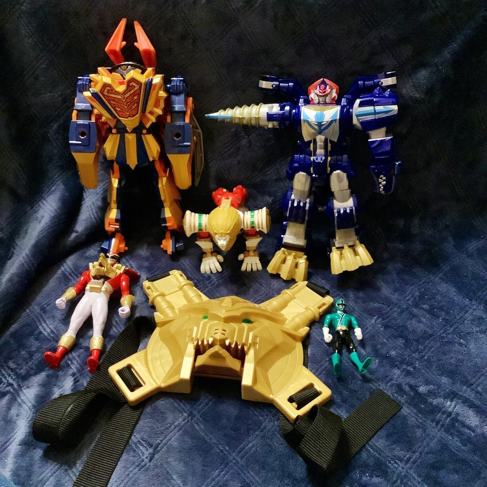 Power Ranger MegaZord Bandai Lot