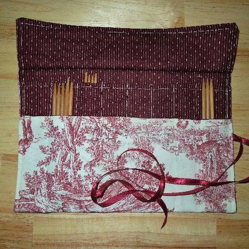 Crochet Hooks or DPN Organizer-Burgundy Toile-24 Pockets