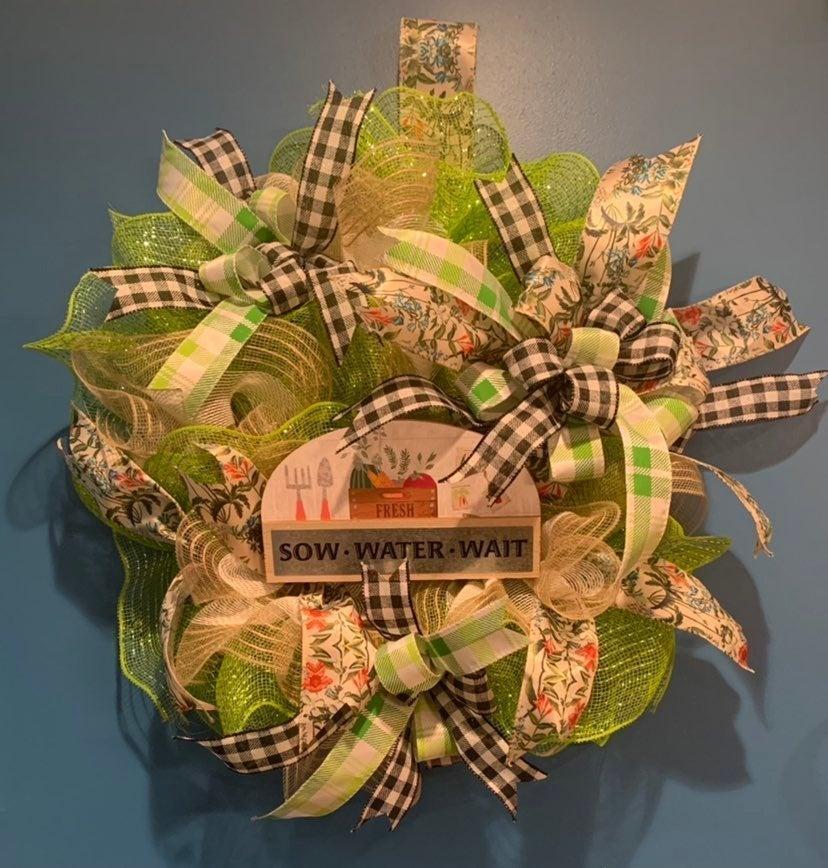 Green thumb wreath
