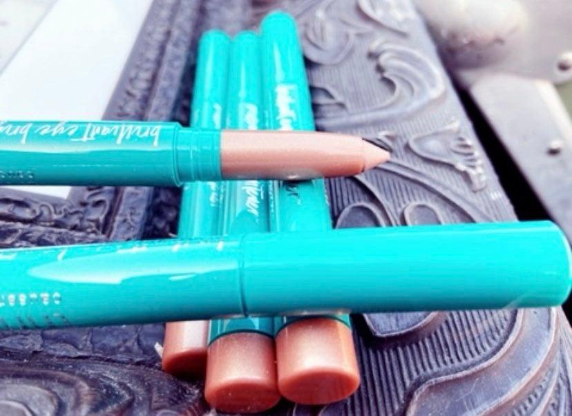 New! 2 for $17 Eye Brightener Pencils