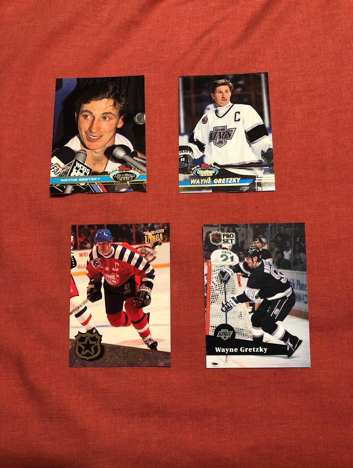Wayne Gretzky cards (4)