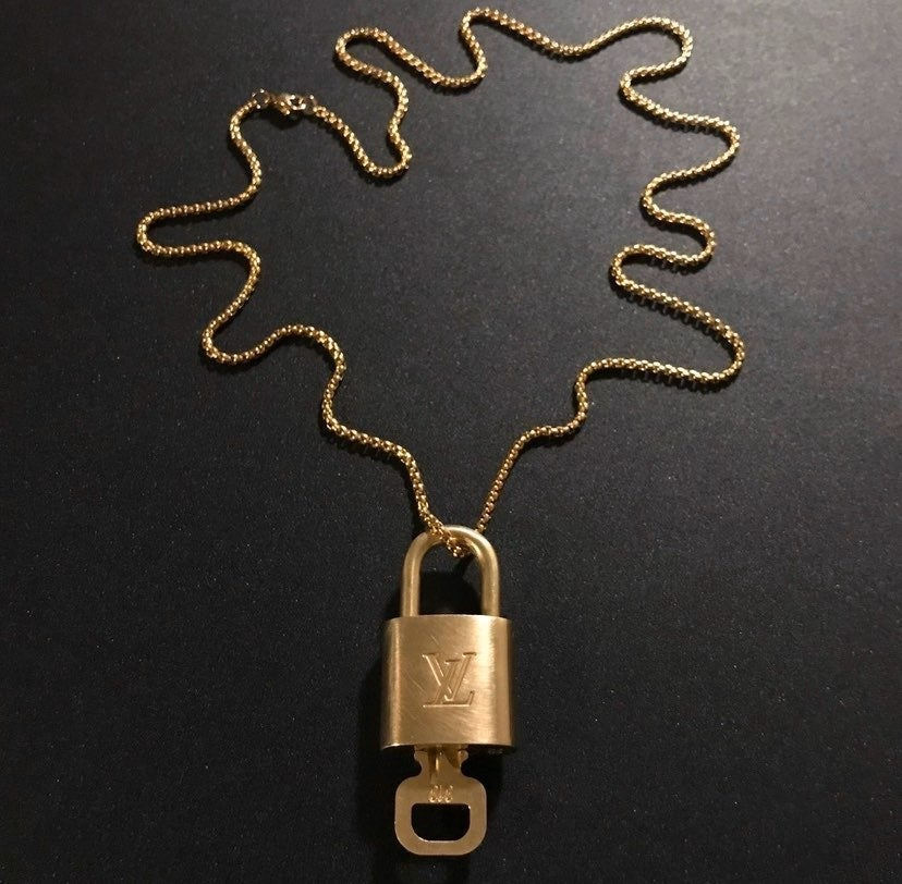 Louis Vuitton Key & Lock Chain