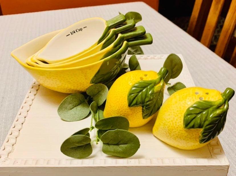 Lemon Nesting Measuring Cups and Salt&Pe