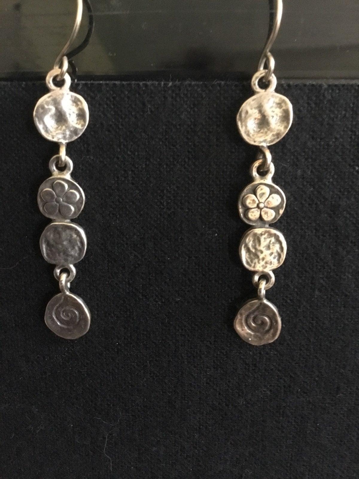 1 12 Silpada Sterling Silver Hammered Flower Dangle Earrings FREE SHIPPING Oxidized Floral Garden Wedding Boho Modern Art W1155