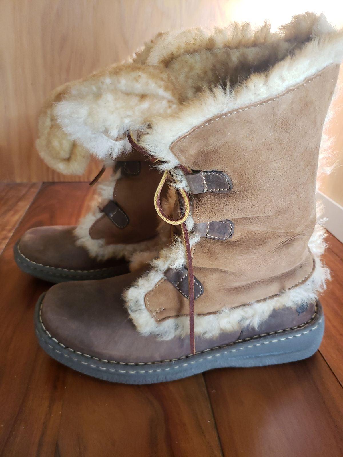 Shearling winter sheepskin boots size 8