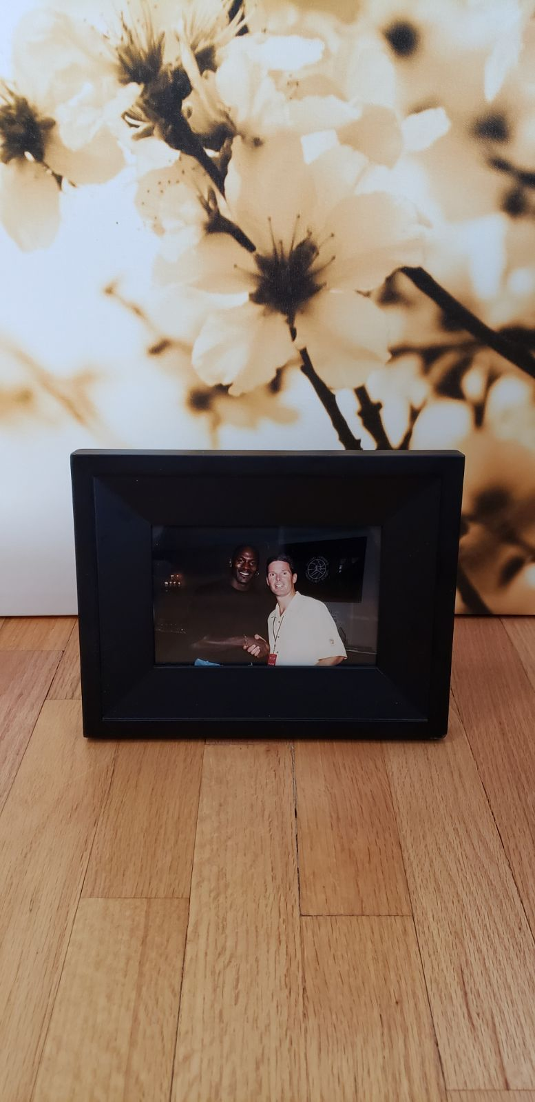 Frame with picture of Michael Jord