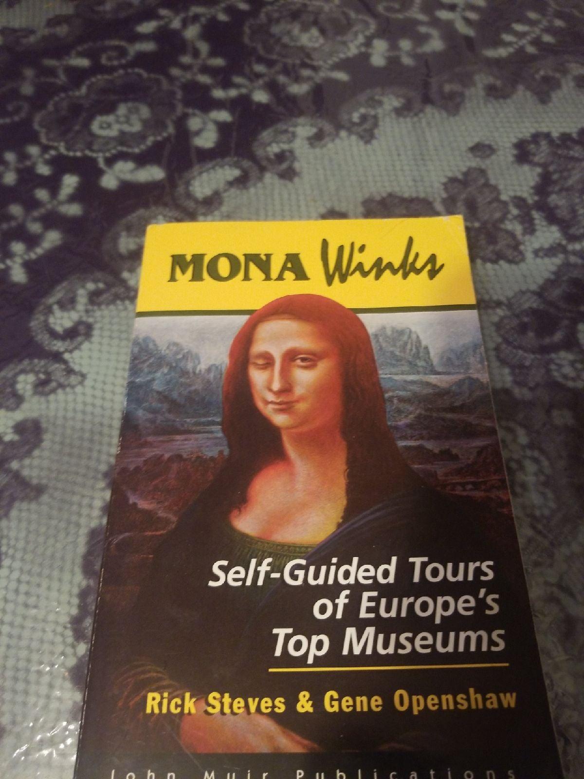 Mona Winks